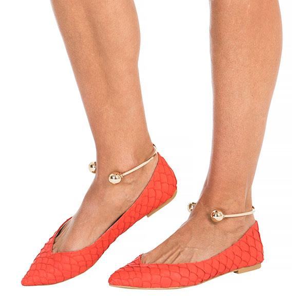 Red-Orange Fish Scale Point Pumps